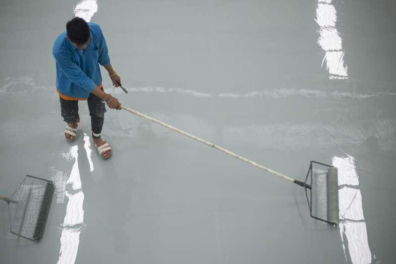 Resina Per Pavimenti Cos E E A Cosa Serve Per Interni Ed Esterni
