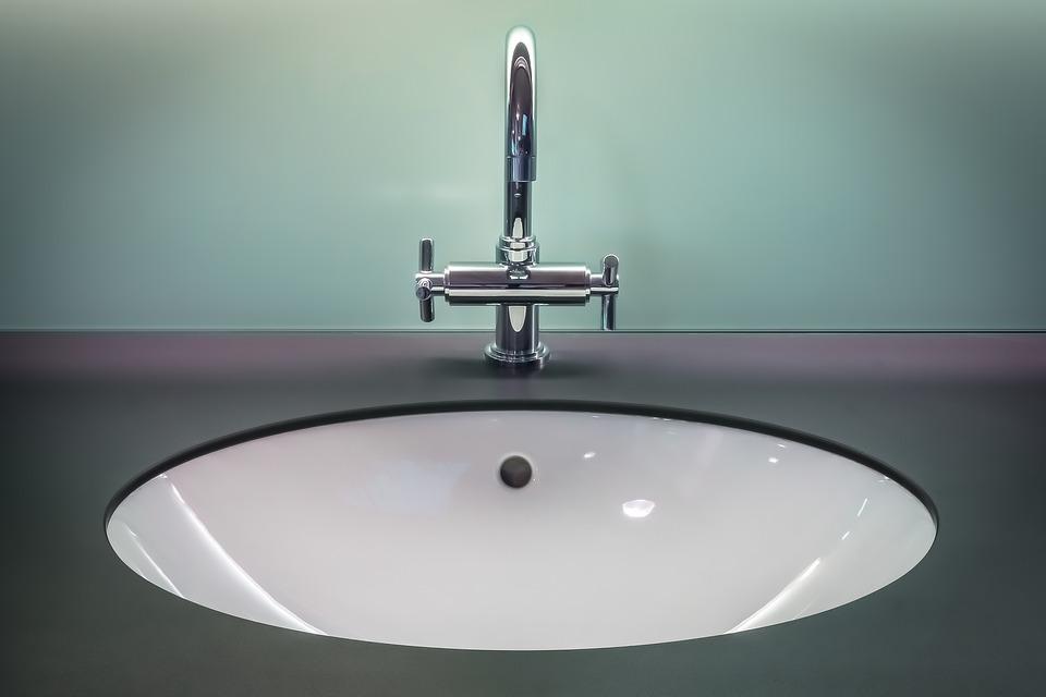 come eliminare il calcare dai rubinetti