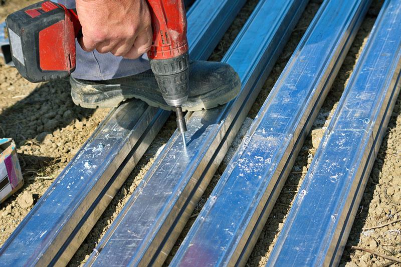 Forare acciaio temprato e inox, come procedere e quale punta scegliere